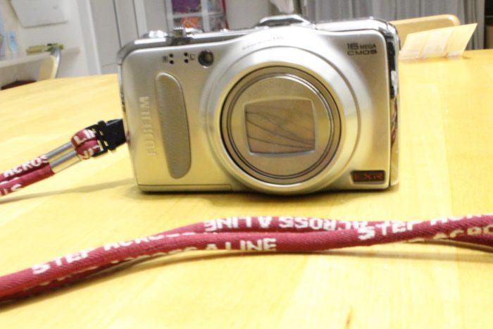 古い デジカメ 富士フィルムF600
