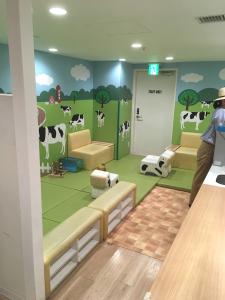 キッザニア,キッズスペース,2歳以下,過ごす,場所,ミルクハウス,離乳食,ただ