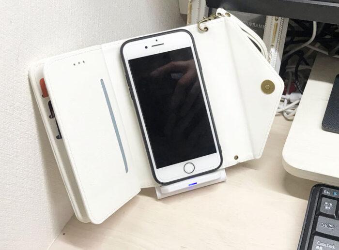 置くだけ充電,スマホ,iPhone,スタンド,多機能