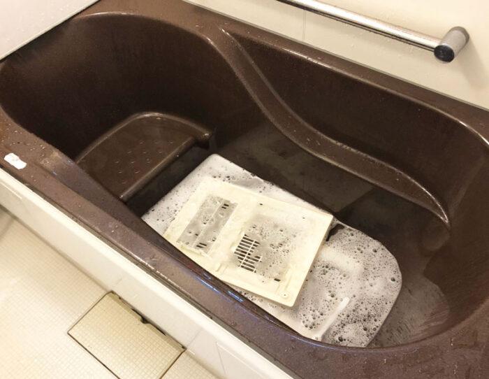ノーリツ,浴室乾燥機,掃除,黒カビ,放置,10年,掃除の仕方,簡単